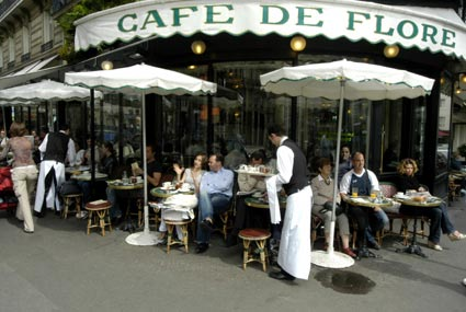 rue Mouffetard | Photito Travel\'s Blog - a travel journalist confesses